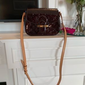 💯 Authentic Louis Vuitton Vernis Shoulder Bag